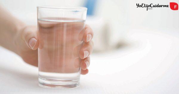 ¿Cómo evitar la retención de líquidos? ¡Te damos 5 trucos y una dieta!