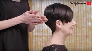 Calienta tus manos antes de realizar el masaje en el cabello