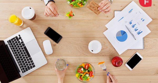 Claves para comer sano fuera de casa, de menú o de táper