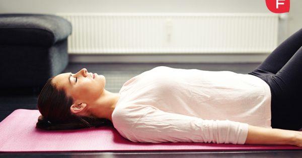 Fortalece tu suelo pélvico con estos sencillos ejercicios hipopresivos en tu casa