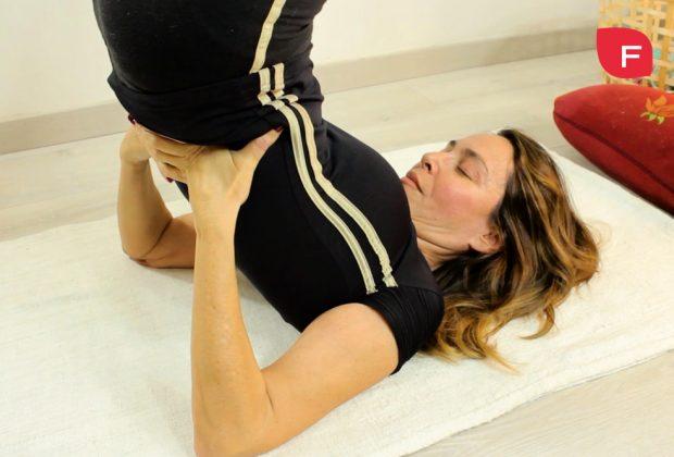 3 posturas de yoga para mejorar tu circulación